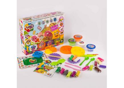 Un set de plastelină pentru turnare Atelier mare de dulciuri TM Lovin'Do 1 art. 11017